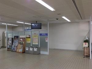 KMQ009i.jpg